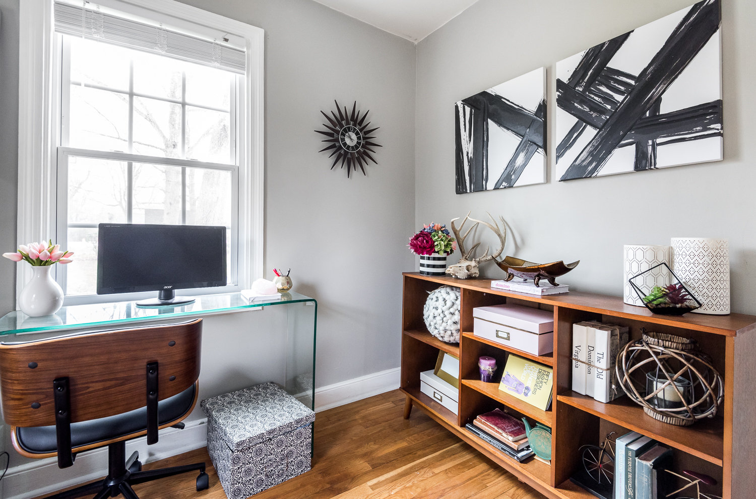 vacant staging vignettes home staging llc. Black Bedroom Furniture Sets. Home Design Ideas